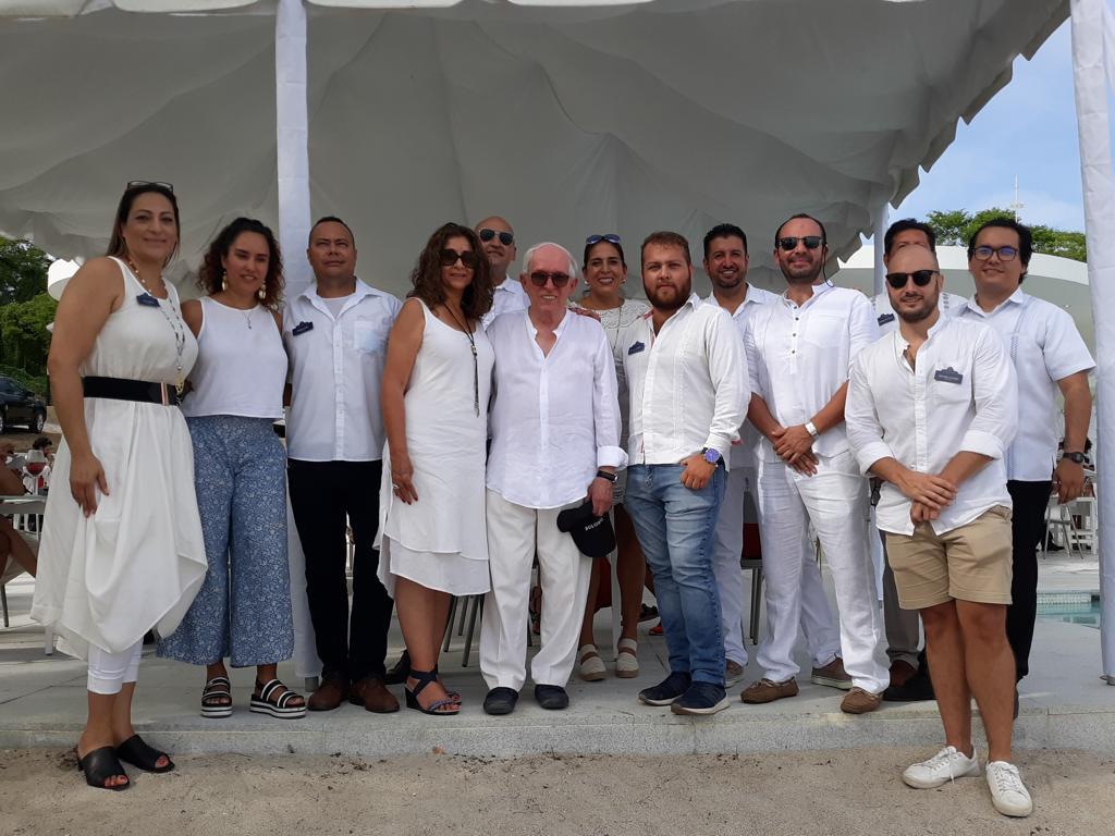 Foto 1 11 - Inauguran exclusivo Club de Playa Bolongo, ante la asistencia de invitados especiales