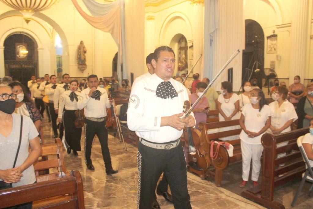 Foto 2 1 1024x683 - Muy emotivo, el inicio de la celebración del centenario de la parroquia de Guadalupe