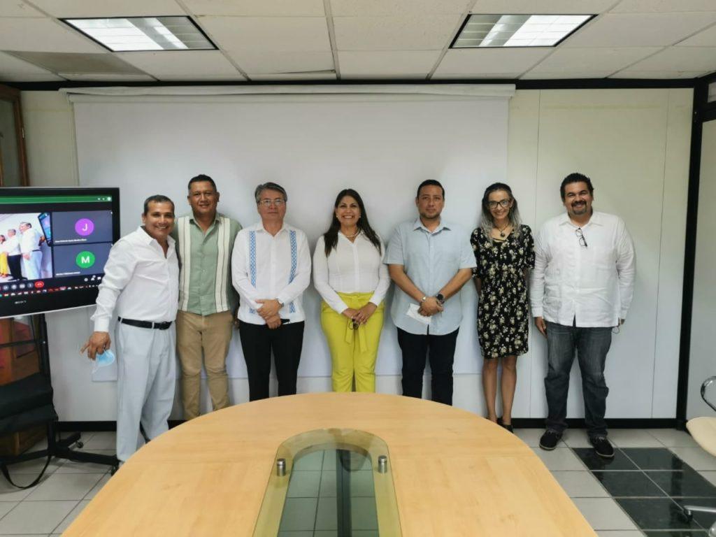 Foto 2 4 1024x768 - Carmina Regalado es la nueva rectora de la Universidad Tecnológica de Bahía