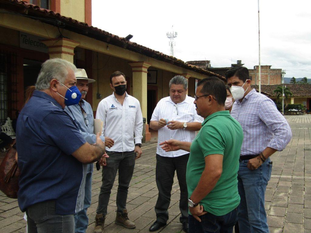 Foto 2 8 1024x768 - Empresarios de Vallarta y Bahía promueven la cultura socialmente responsable